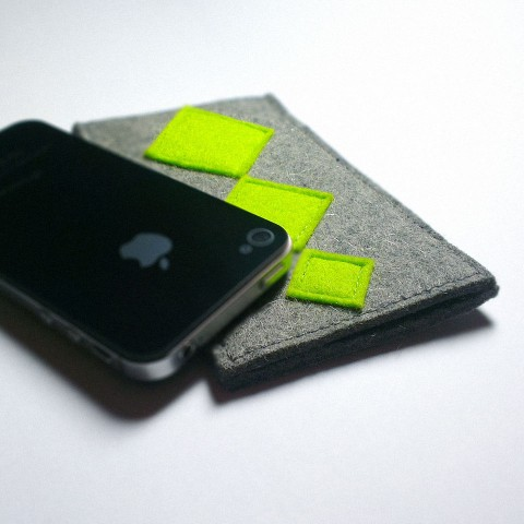 iPhone 4 Case - Neon Retro