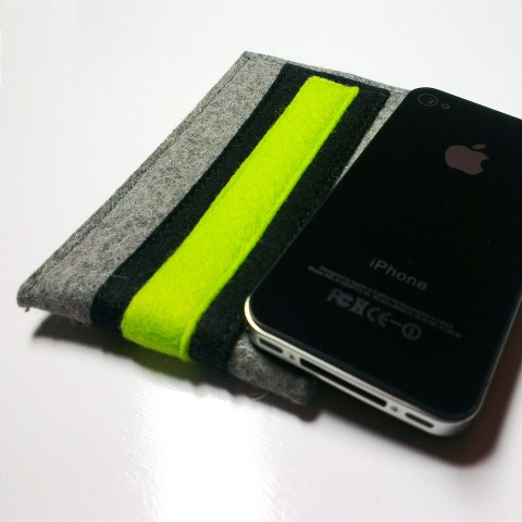 iPhone 4S Case - Noir and Neon Double