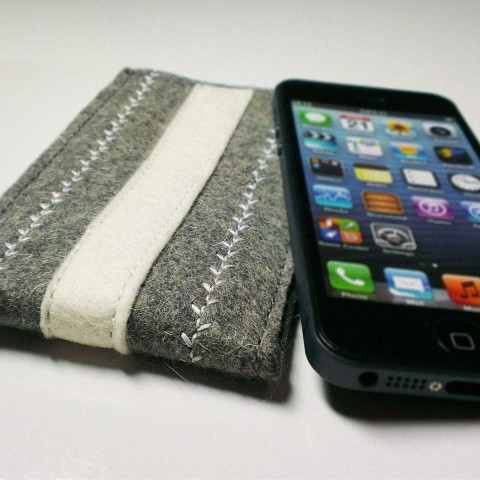 iPhone 5 Case - Frost Eden